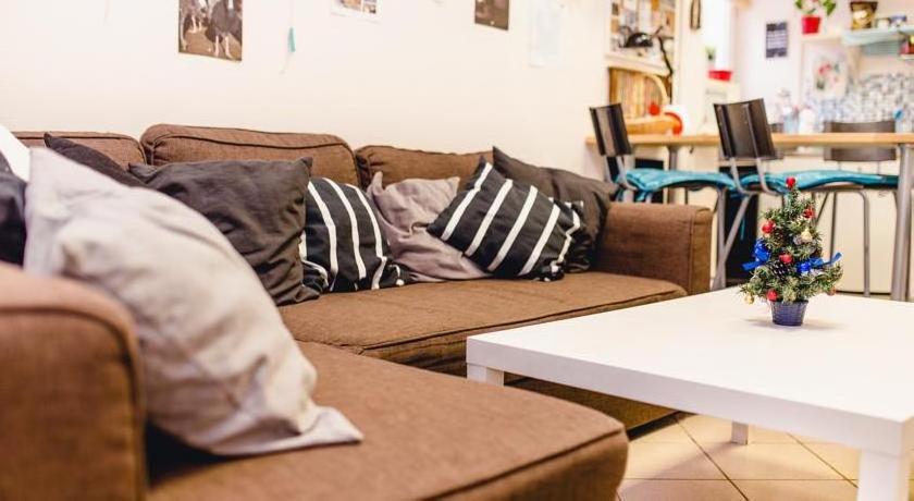 Stay Simple Hostel