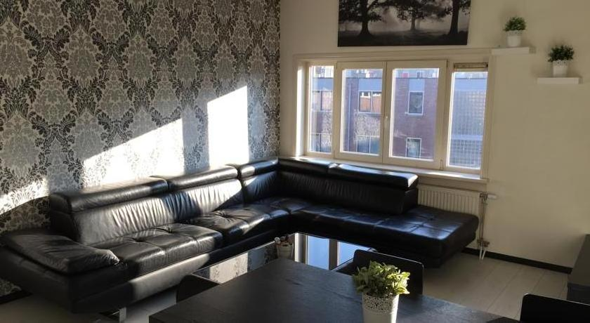 Modern 2-bedroom apartment - 10 minutes from Dam Square