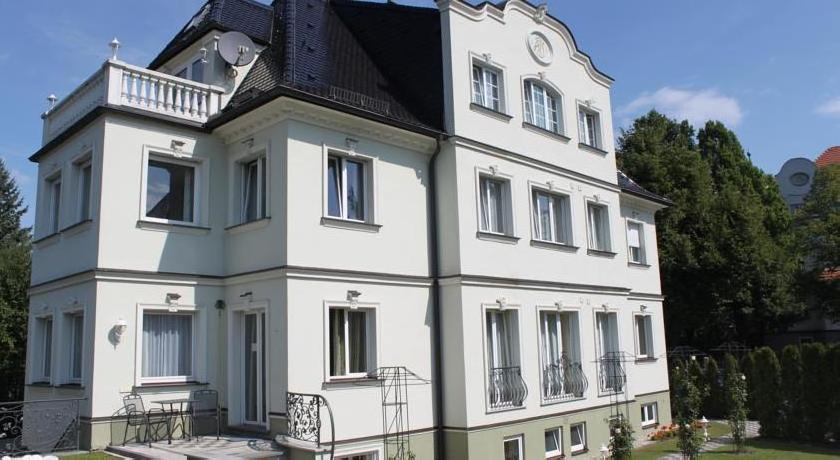 Villa am Waldschlößchen