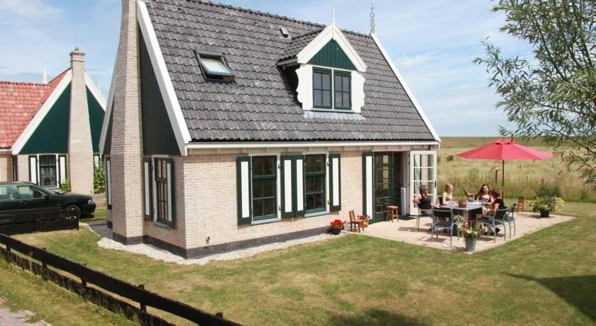 Villa Recreatiepark Wiringherlant2
