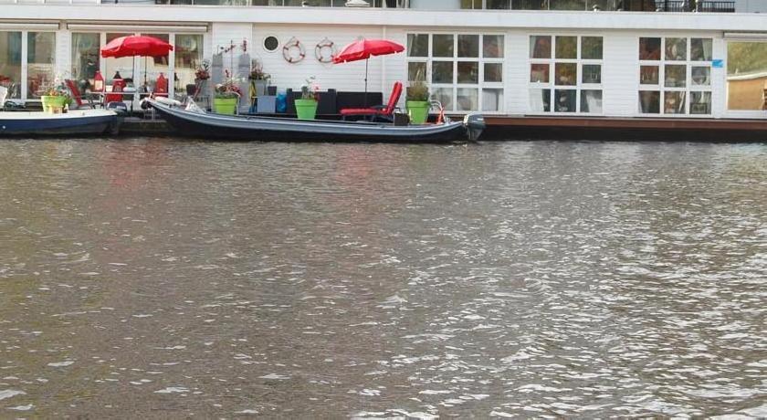Boat B&B Amstel Wakeup Amsterdam