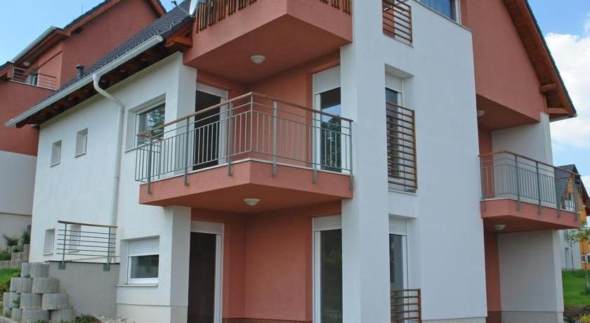 Aramis Apartments