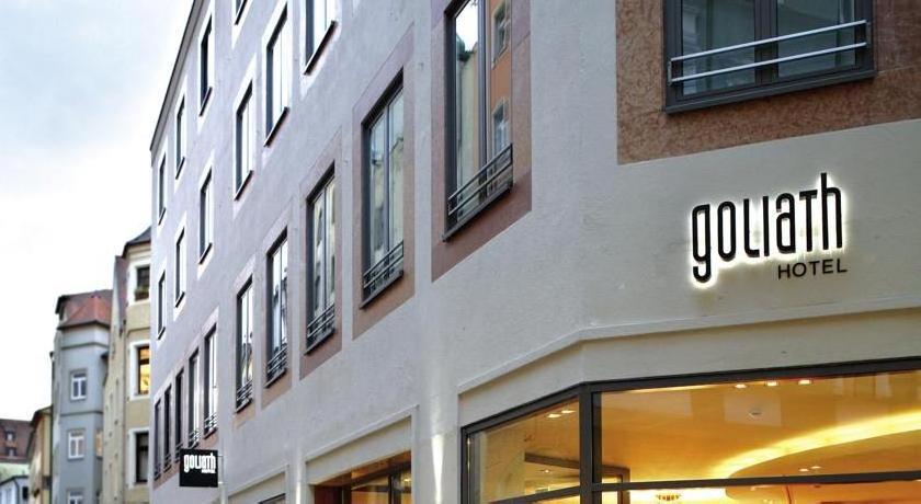 hotel goliath am dom 4 regensburg guest reviews hros. Black Bedroom Furniture Sets. Home Design Ideas