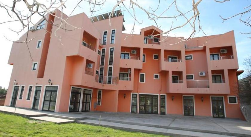 Guesthouse Orlović