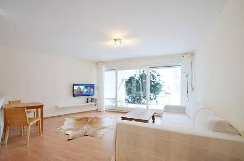 Nanuk Apartment 2