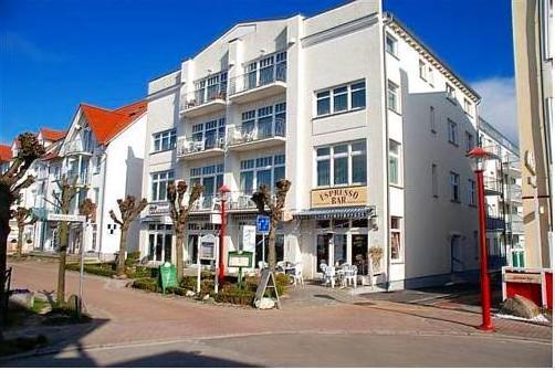 Haus Jahreszeiten by Meine Rügenferien