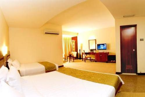 Celyn Hotel