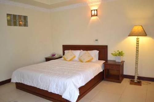Palm Palace Villa & Apartment