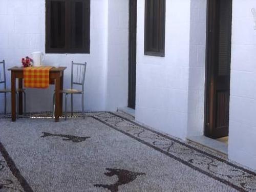 Kyriakos Studios and Apartments
