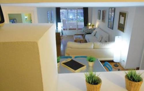 Apartment Calle Isaac Alveniz