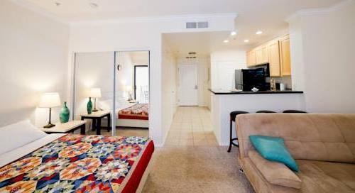 City West Apartment