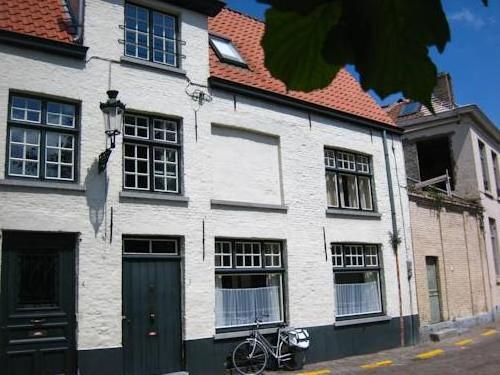Holiday Home Blondina Brugge