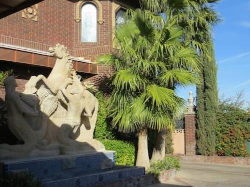 Zen Mystique Spa Retreat