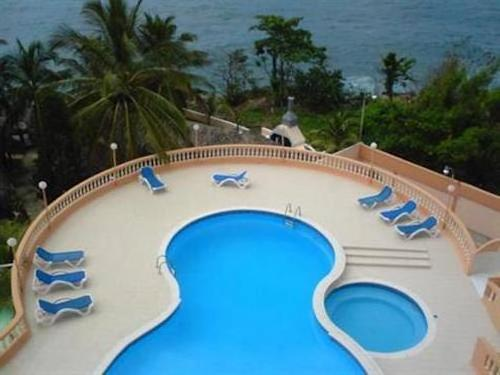 Ocean Front Apartment - Malecon