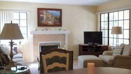 AMSI La Jolla Colony-Two Bedroom House
