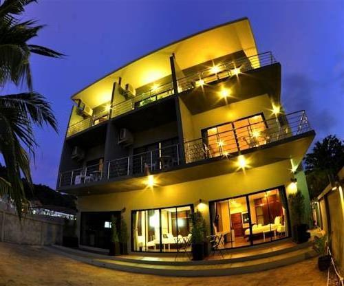 Phi Phi Ton Sai Place