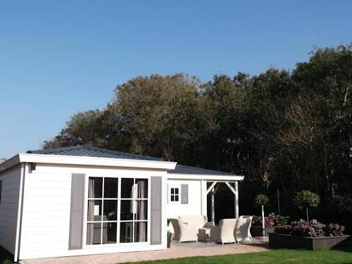 Chalet Recreatiepark Wiringherlant13