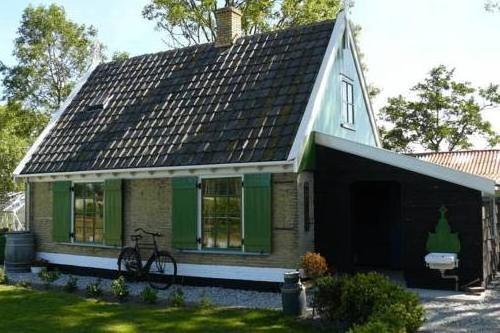 Holiday home Recreatiepark Wiringherlant14