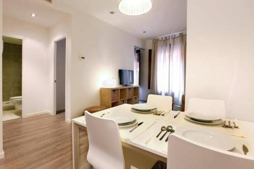 Apartamentos Med Ramblas