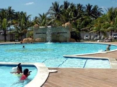 Las Hojas Resort & Beach Club